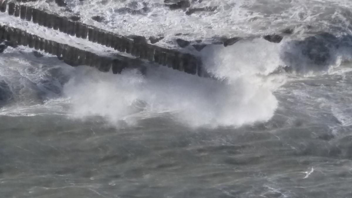 Schade aan stranden na storm dieter volledig hersteld binnenland